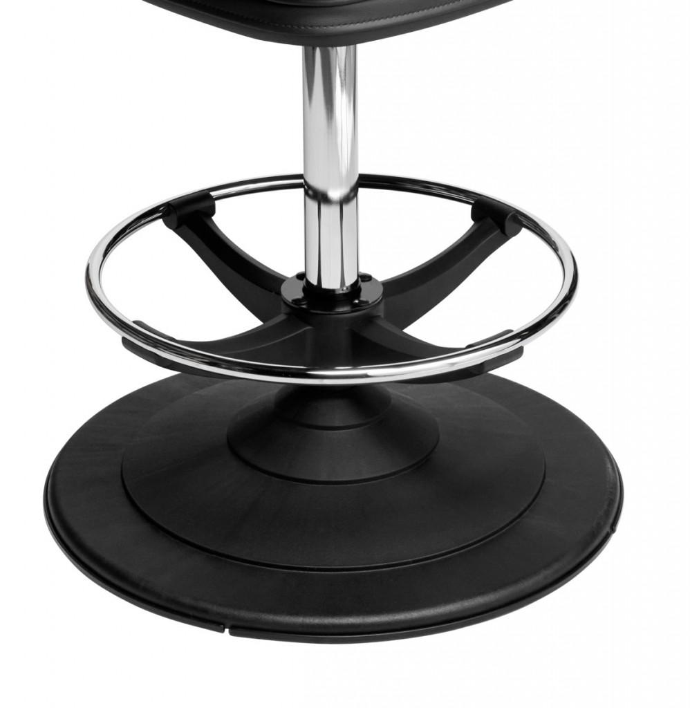 Ezi-Glide nylon disc bases for gaming machine machine stools